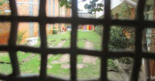 Protection yard