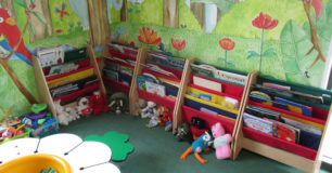 Image of the children's play area, in the visits hall at Melaleuca