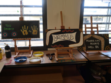 Image of Aboriginal Art made by women in class at Melaleuca Women's Prison